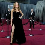 Angelina Jolie's Right Leg Creates Waves At 2012 Oscars