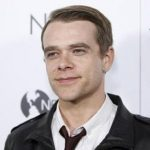 Nick Stahl missing, wife files missing person's report