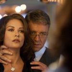 Broken City fails to impress despite star cast - Movie review
