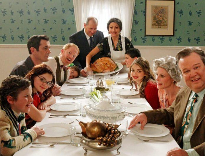 Modern-Family-Season-8-Premiere