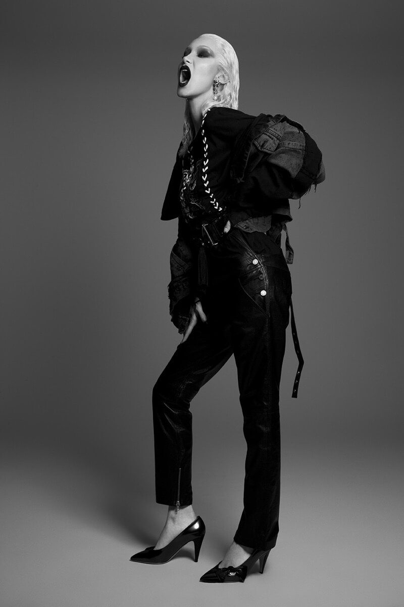 bella-hadid-blonde-paper-magazine-photoshoot02