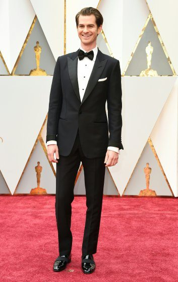 andrew-garfield-oscars-2017-red-carpet