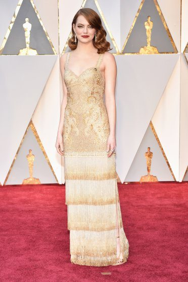 emma-stone-oscars-2017-red-carpet