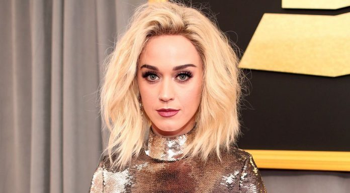katy-perry-grammys-2017