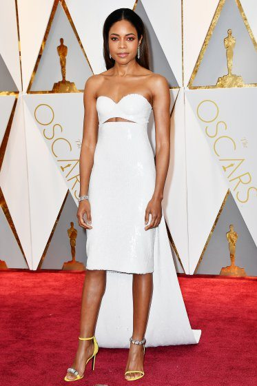 naomie-harris-oscars-2017-red-carpet