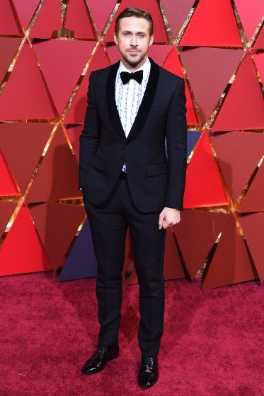 ryan-gosling-oscars-2017-red-carpet