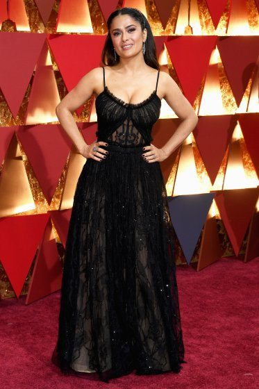 salma-hayek-oscars-2017-red-carpet