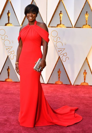 viola-davis-oscars-2017-red-carpet