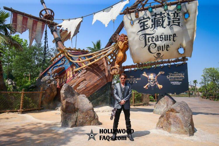 Johnny Depp Pirates Of The Caribbean: Dead Men Tell No Tales premiere Disneyland Shanghai